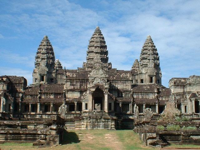 Gửi vận chuyển hàng đi Campuchia bằng đường vận tải - hàng không